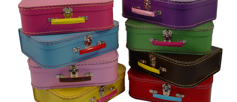 mini suitcases_home-scroll